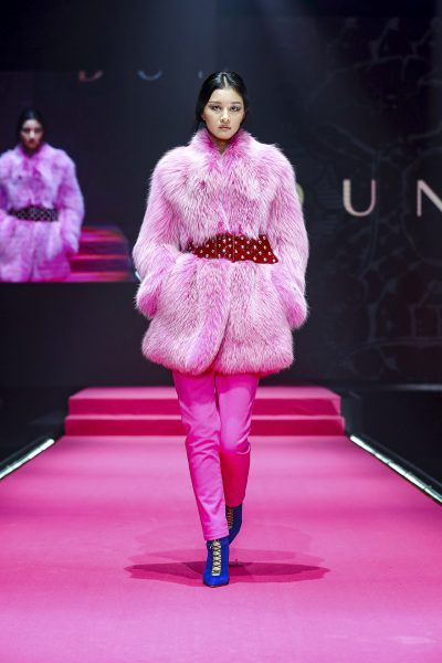 Mercedes benz china fashion week presents dundas for Mercedes benz china